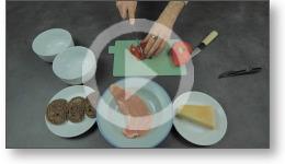 Tuto vidéo de la recette de cuisine de la salade César.